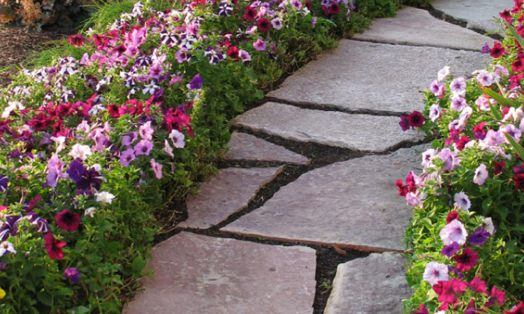 Choose-the-Right-Stone-for-Your-Garden