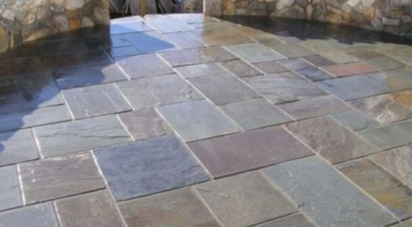 Bluestone Pavers Bring Distinct Charms to Your Exterior Spaces