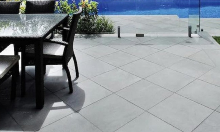 Bluestone-Pavers-Give-Distinct-Aesthetics-to-Your-Outdoor-Spaces