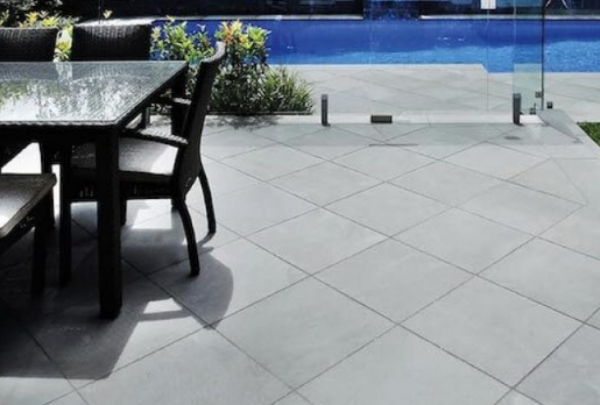 Bluestone Pavers Give Distinct Aesthetics to Your Outdoor Spaces
