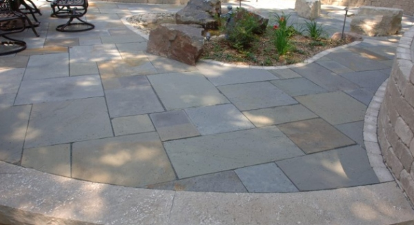 Bluestone Pavers Last for Long in Your Exterior Places