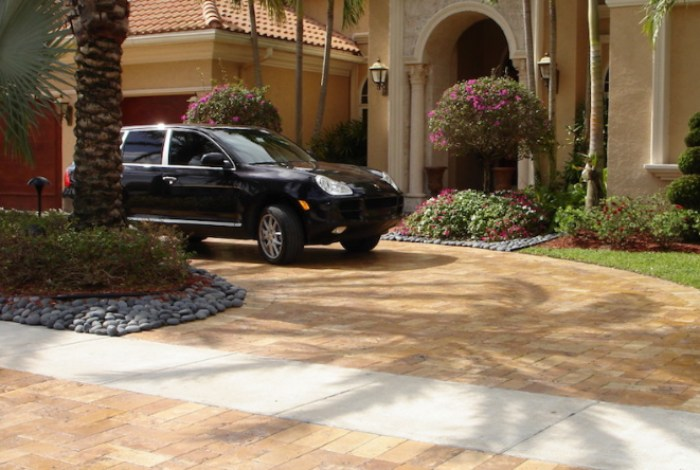 Sandstone Paving for Your Driveway