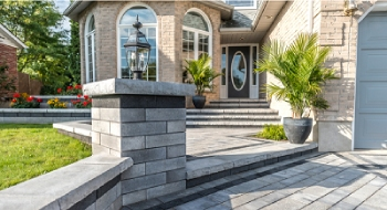 Exterior Decoration with Natural Stone Paving for Driveway