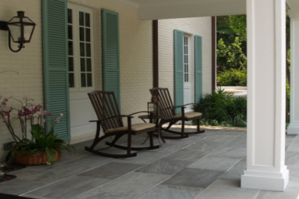 Porch with natural quartzite stones