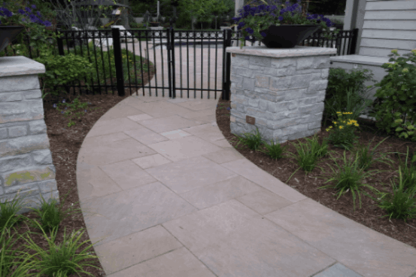 Walkway with natural quartzite stones