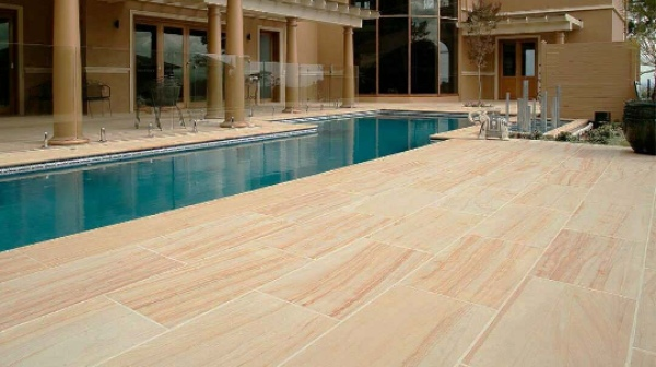 Sandstone in Pool Deck