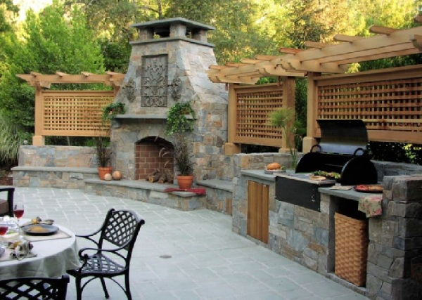 Completely Natural Outdoor Kitchen Space