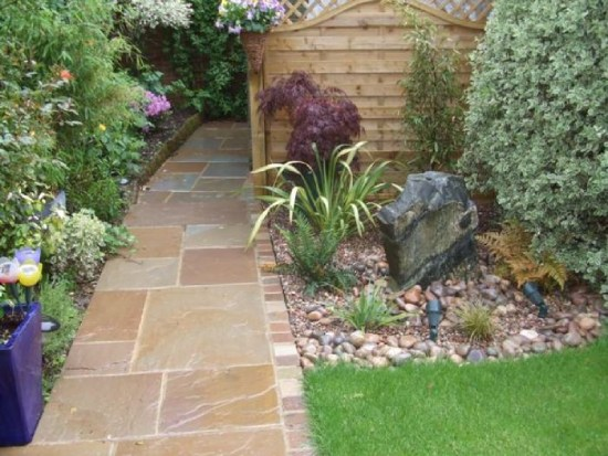 Sandstone Paving in Walking Path