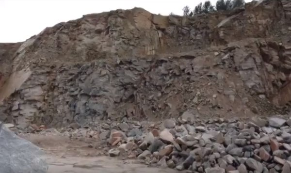 dry-stone walling material
