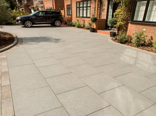 Sandstone Paving Is Durable