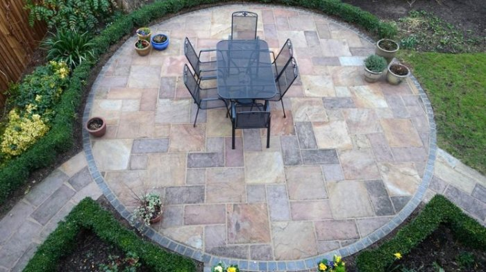 Stone Slabs in Outdoor Patio